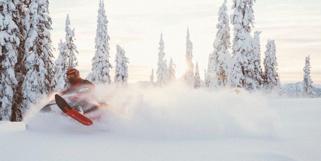 "Ski-Doo Summit X Expert 850 E-TEC 154"" (2020)"