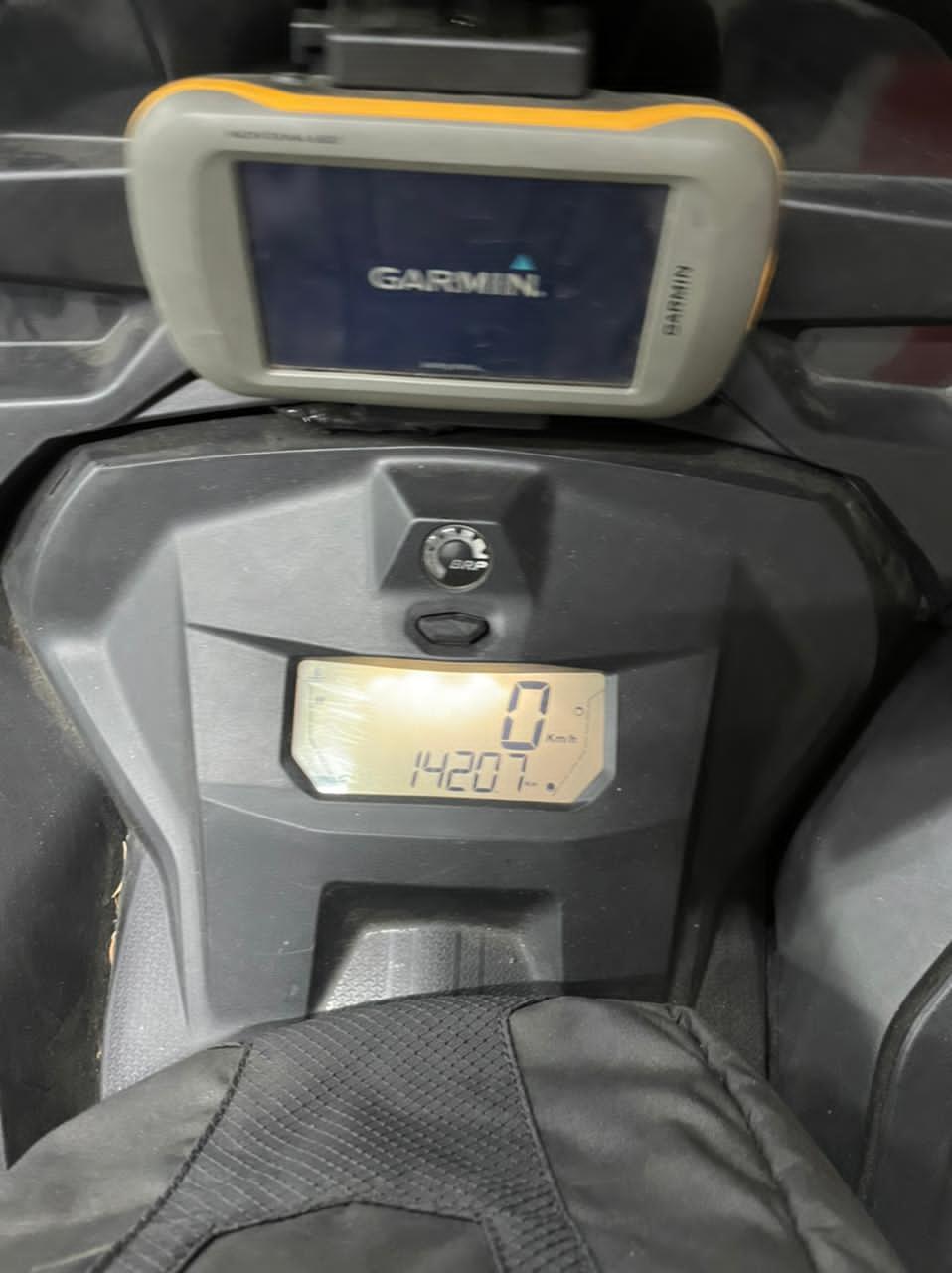 SUMMIT X 165 850 E-TEC